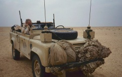 Gulf War - Mobile News Chariot for chasing 1st Battalion Royal Scots into Iraqi desert